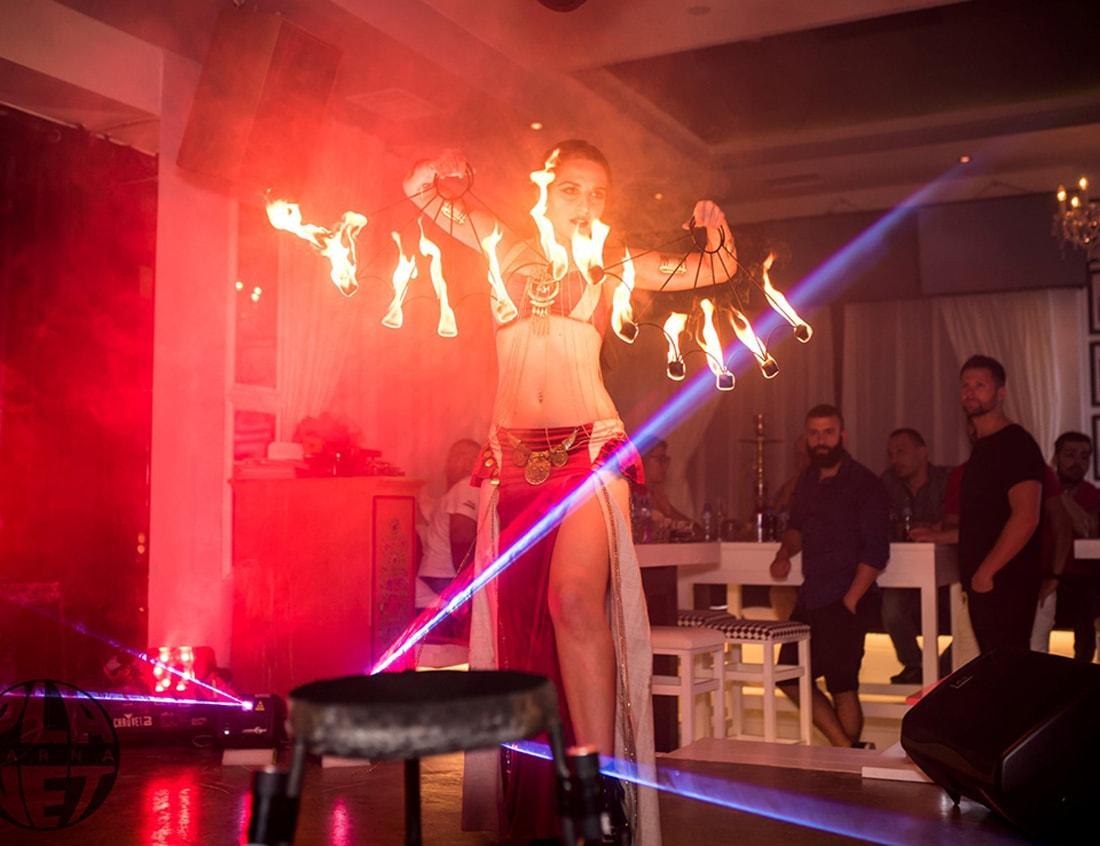 Рок фюжън огнено шоу