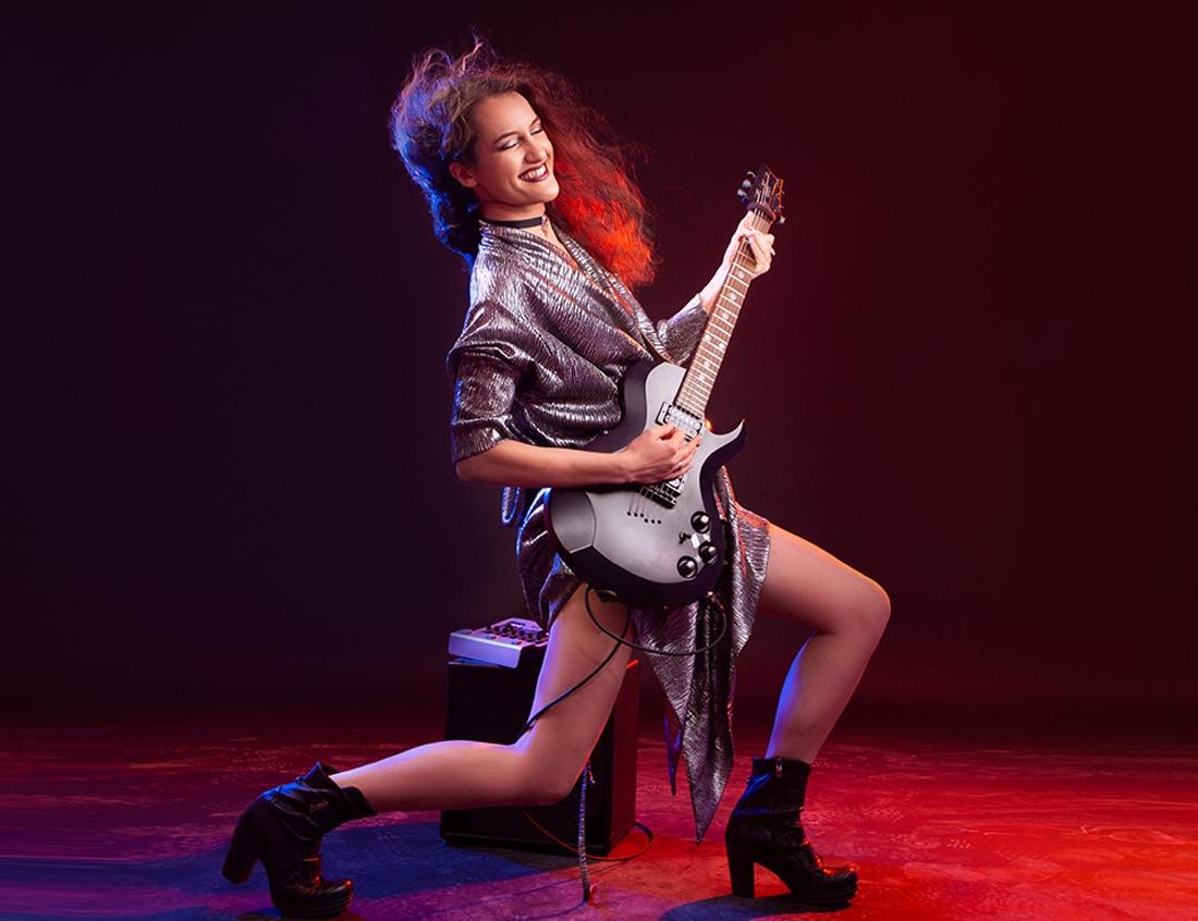 рок китарист